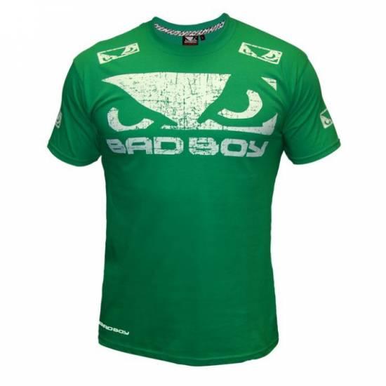 bad_boy_walk_in_green_front